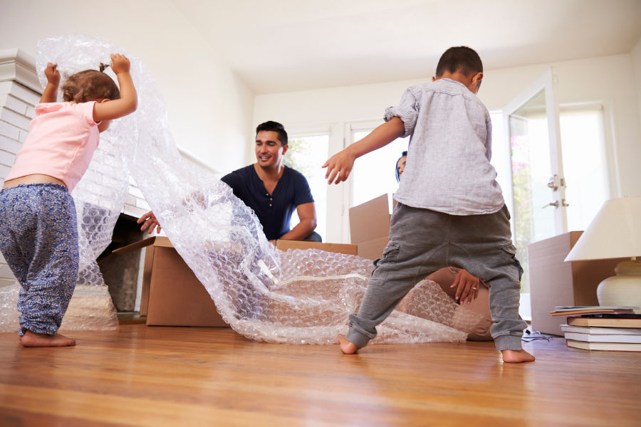 Planujesz przeprowadzkę? Sprawdź, jak zabezpieczyć meble, domowe sprzęty i rzeczy osobiste przed uszkodzeniem